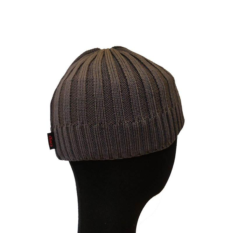 Brown hat woman Brands Capo